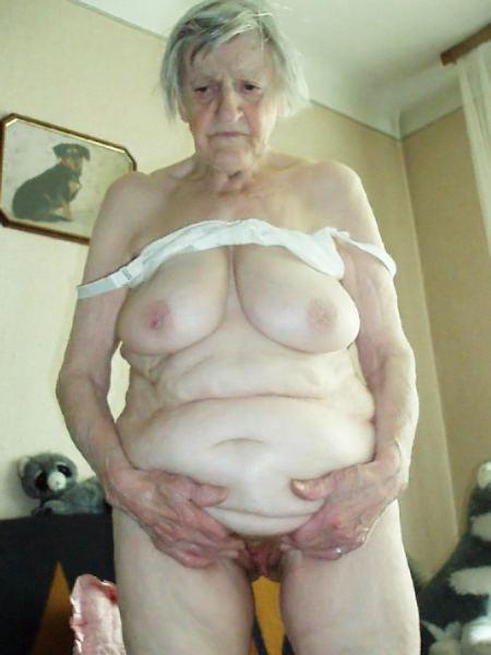 Старая голая бабка фото